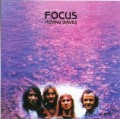 CDFocus / Moving Waves